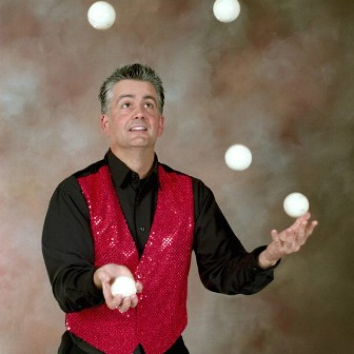 Professional Juggler Brad Byers
